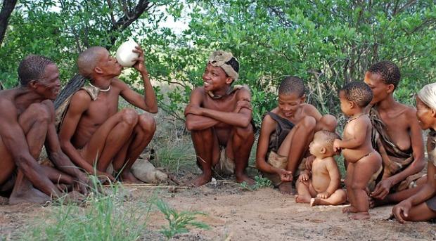 Una tribu de cazadores recolectores ajena a las incomodidades